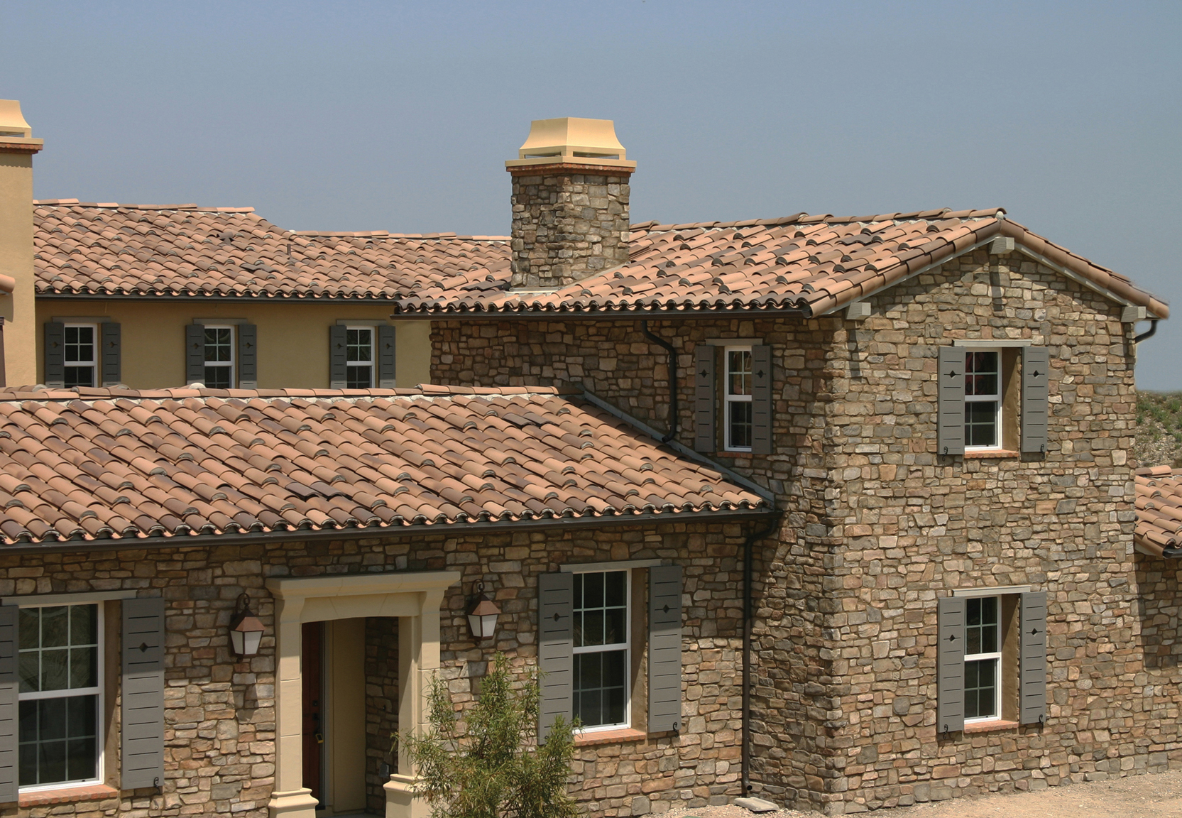 Clay Tile | 2-Piece Mission - Madera Blend - Boral Roofing
